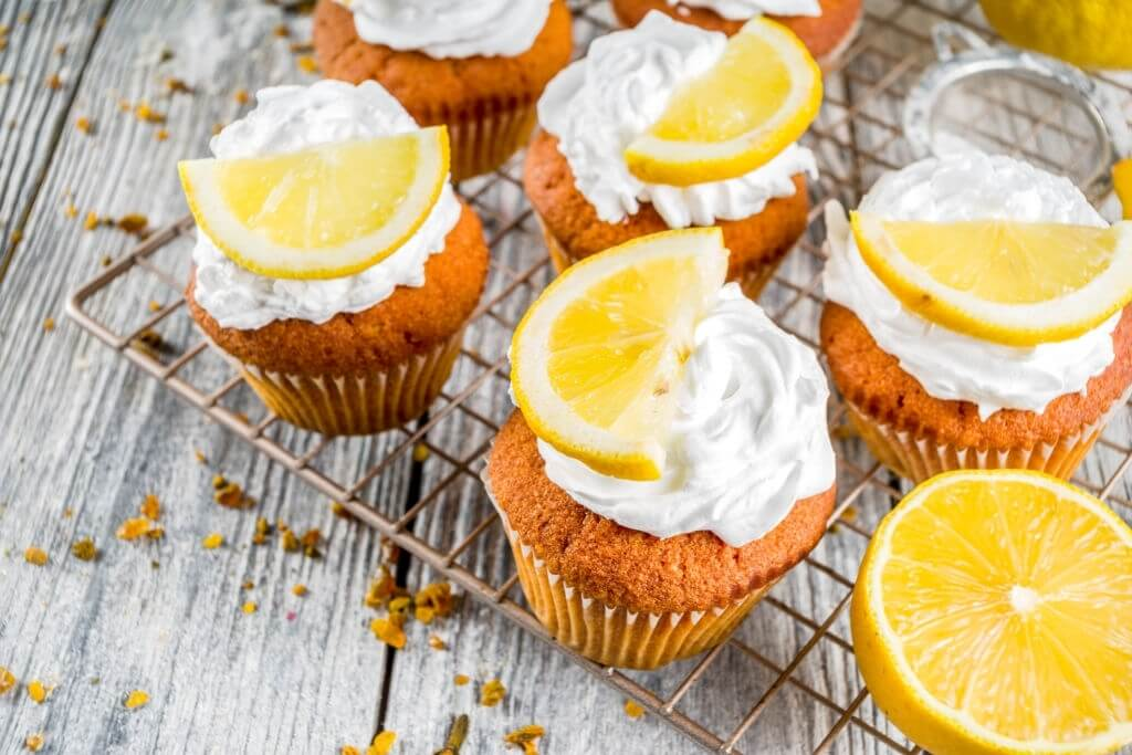 lemon whipped cupcakes and frosting